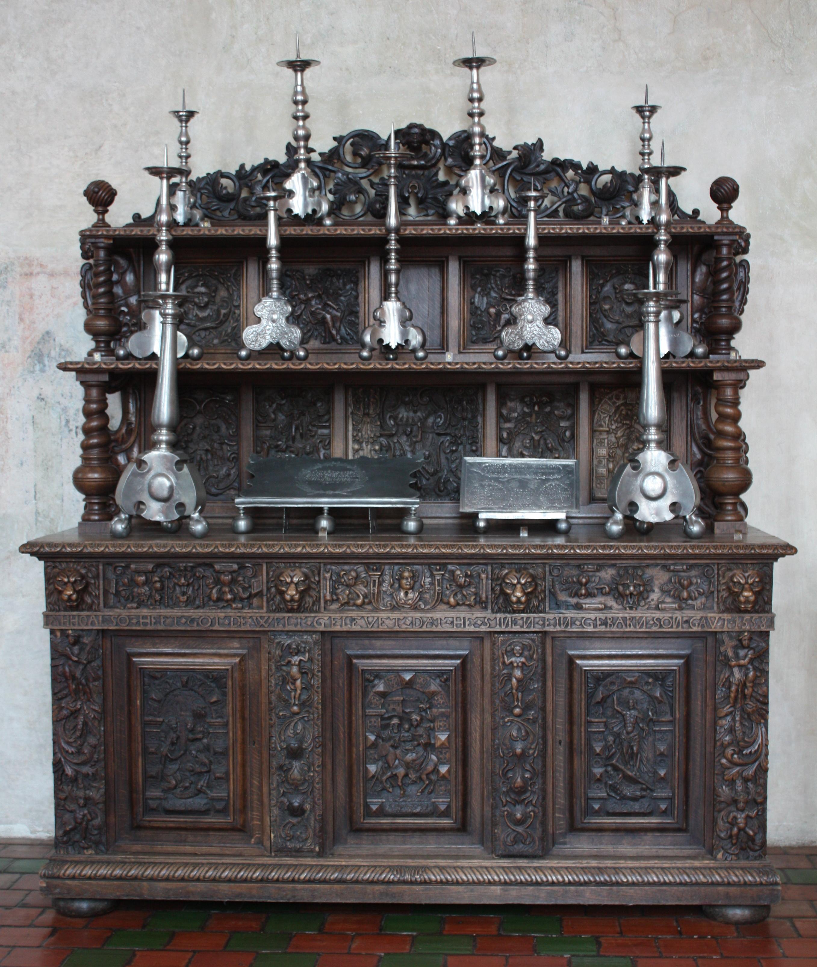 Filelidzbark Warmiński Zamek Stary Kredens 023jpg Wikimedia Commons