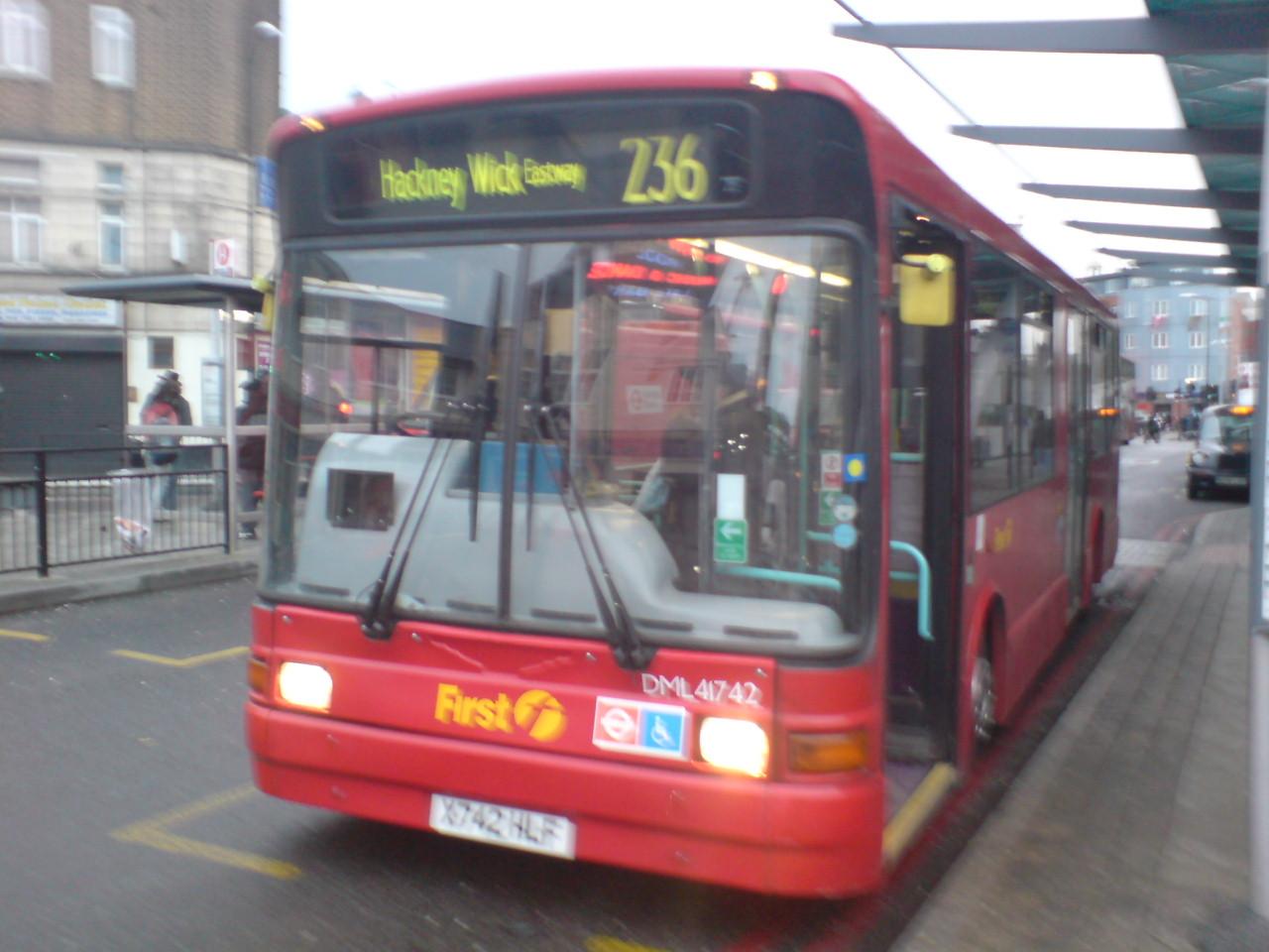 File:London Bus 236 at its terminus at Finsbury Park Station.jpg
