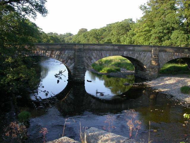 Lower Hodder Bridge - geograph.org.uk - 896081