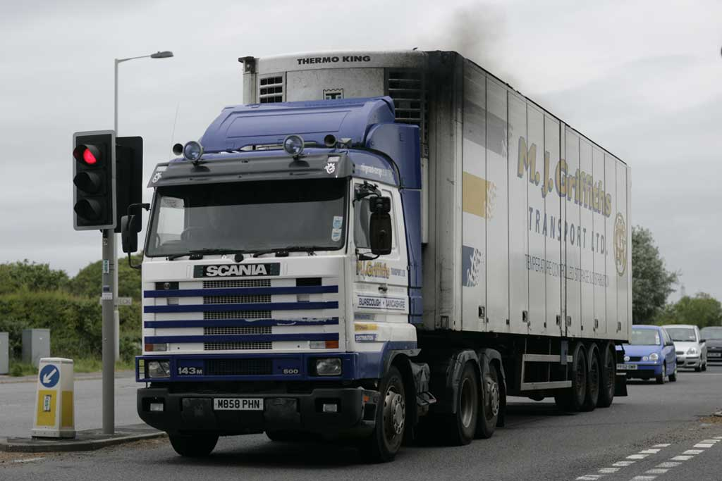 File M J Griffiths Transport 1995 Scania 143m Truck With