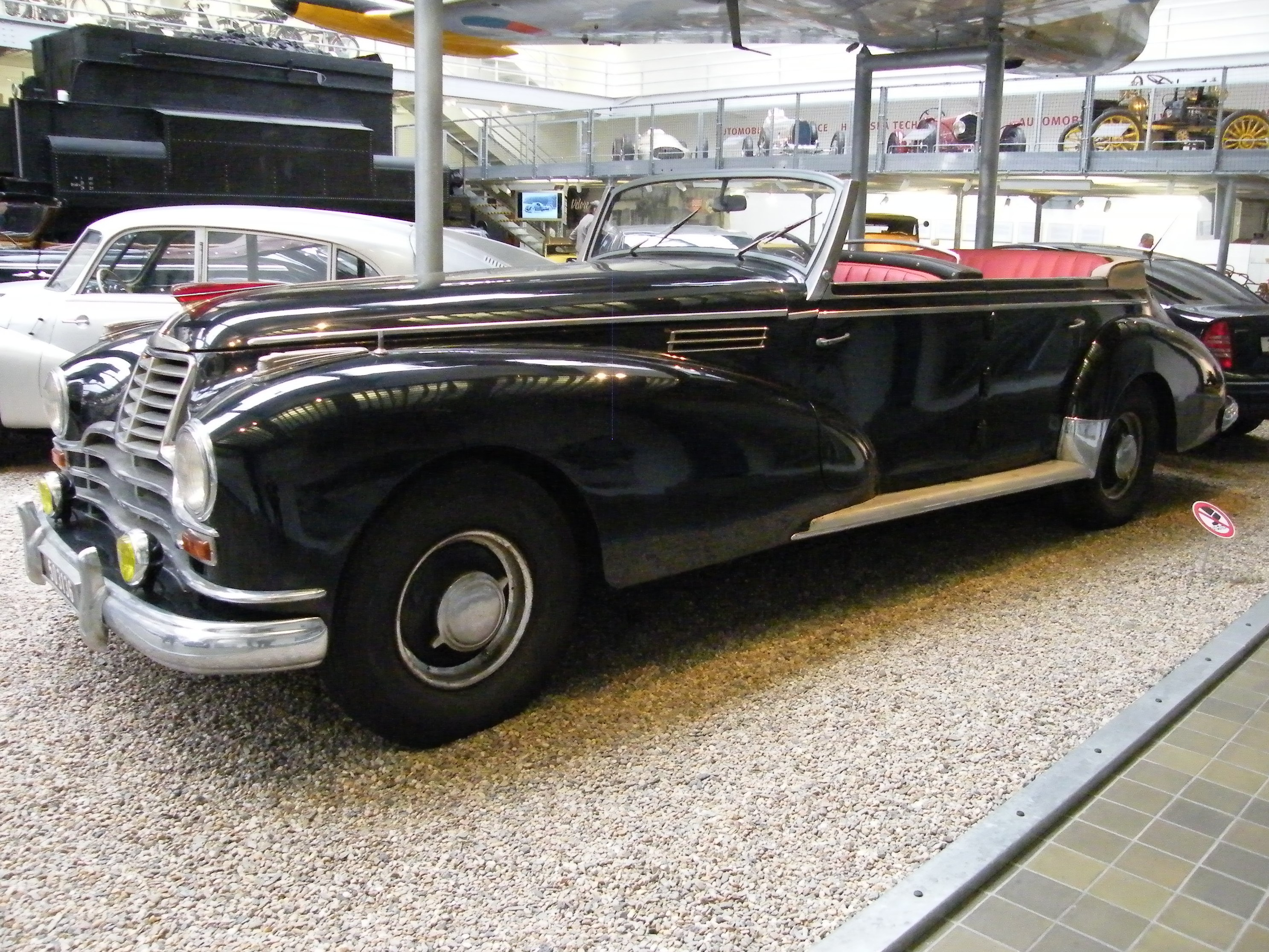 File mercedes benz 770 1939 in ntm for Mercedes benz 770