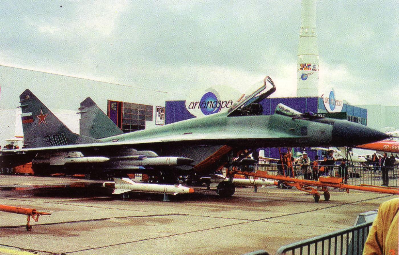 MiG-29M_NTW_7_8_93.jpg