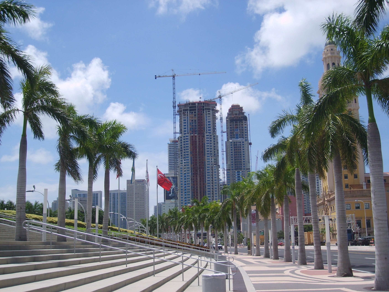 File:Miami DownTown Parvis demiami town