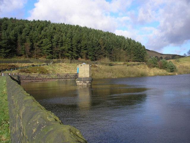 Ogden Reservoir - geograph.org.uk - 681000