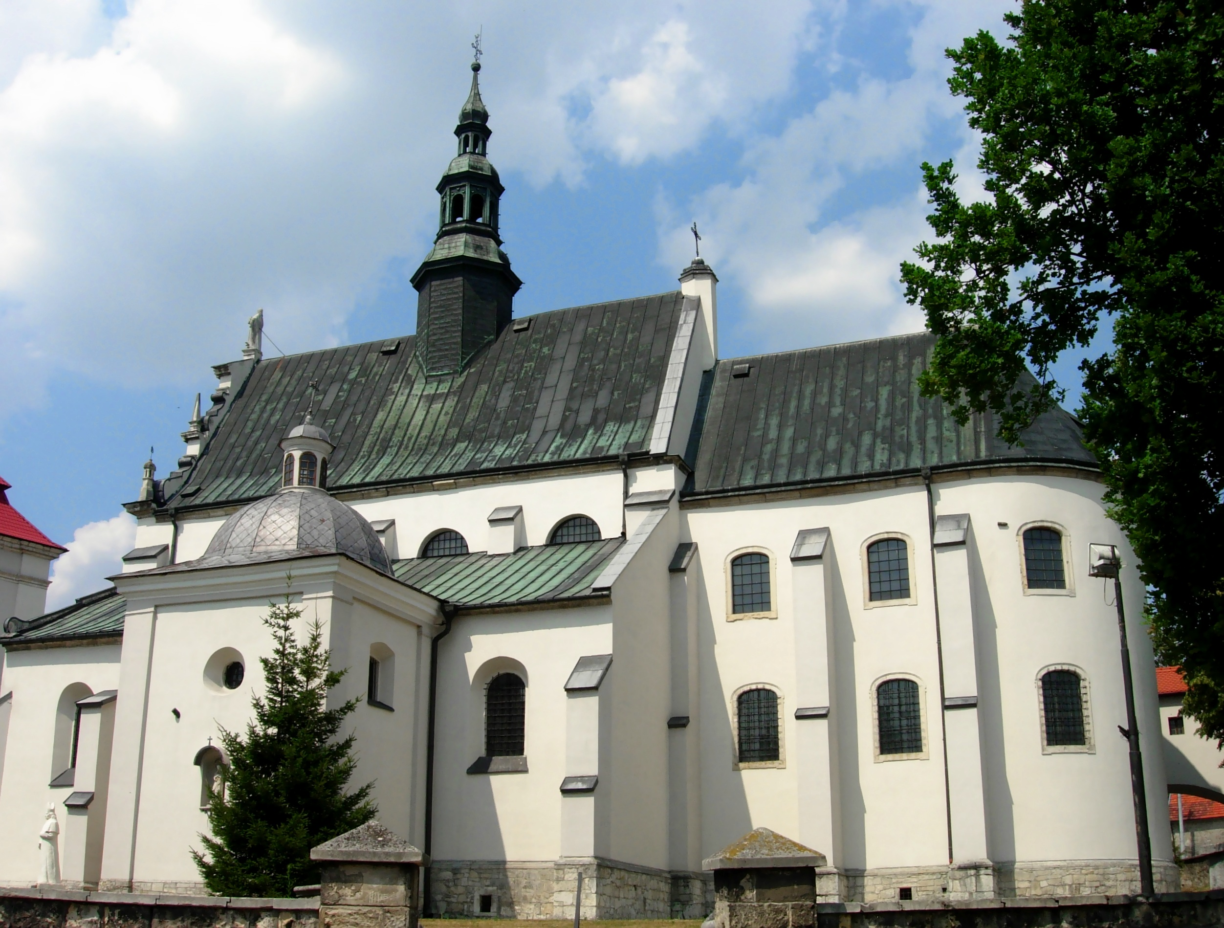 Pinczow church