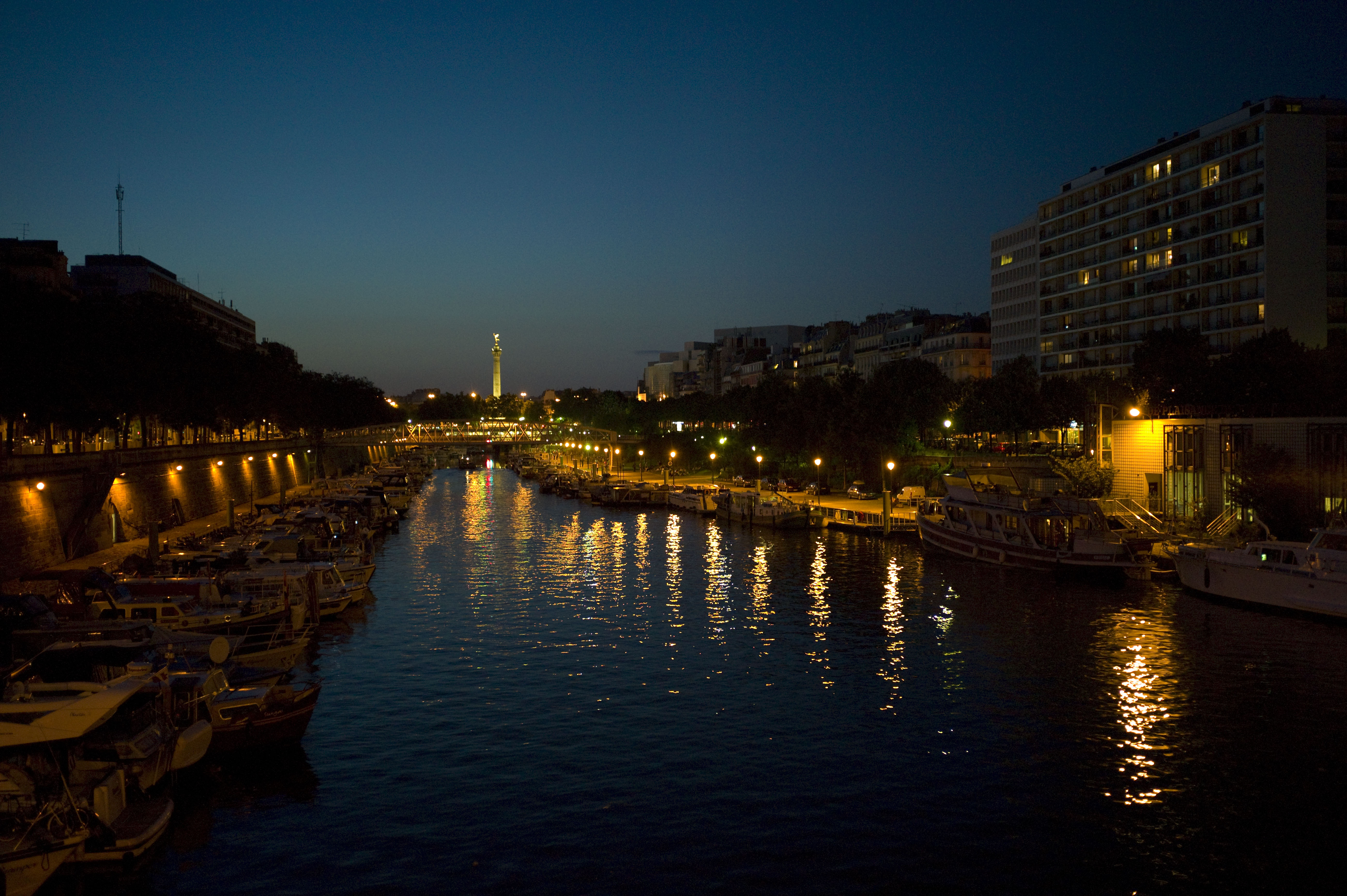 File port de l 39 arsenal wikimedia commons - Port de l arsenal paris ...