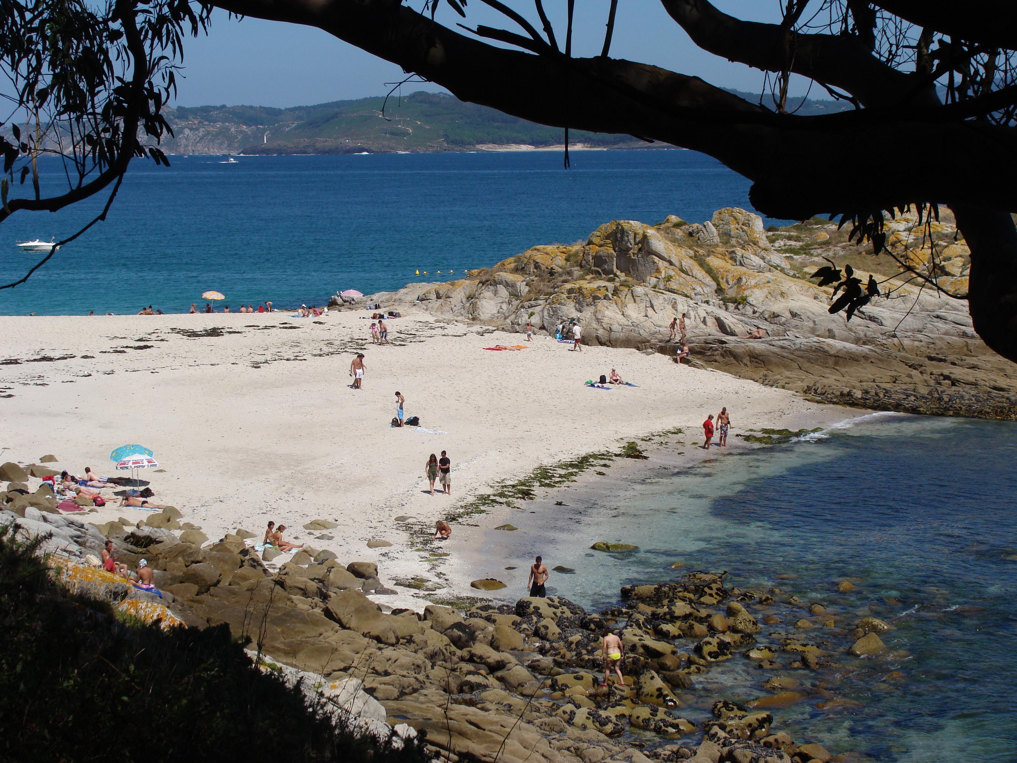 File:Praia dos viños.002 - Islas Cies.JPG - Wikimedia Commons
