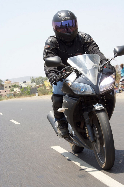 Yamaha R Suitible For California Highways