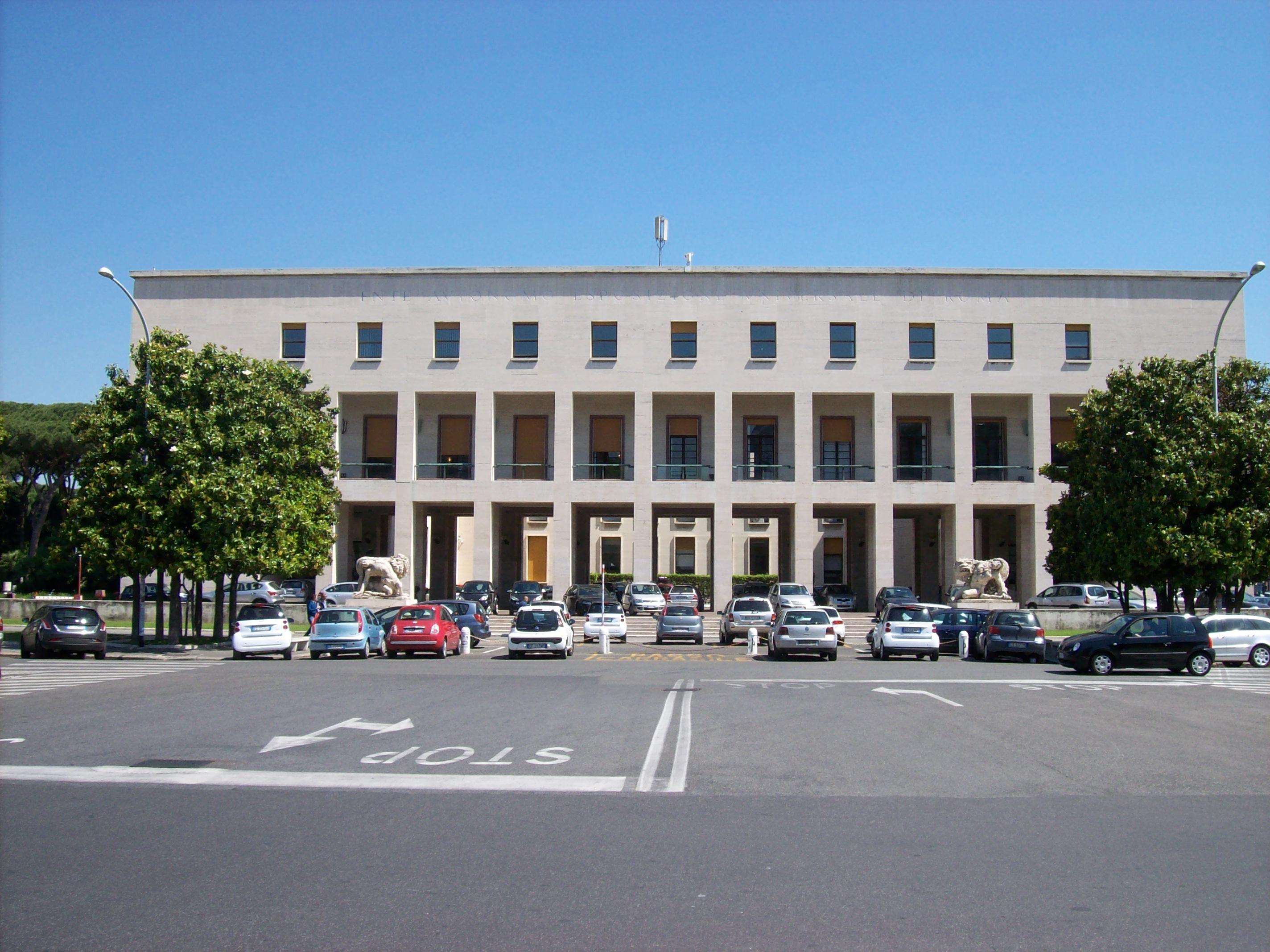 File roma palazzo uffici eur wikipedia for Uffici eur roma