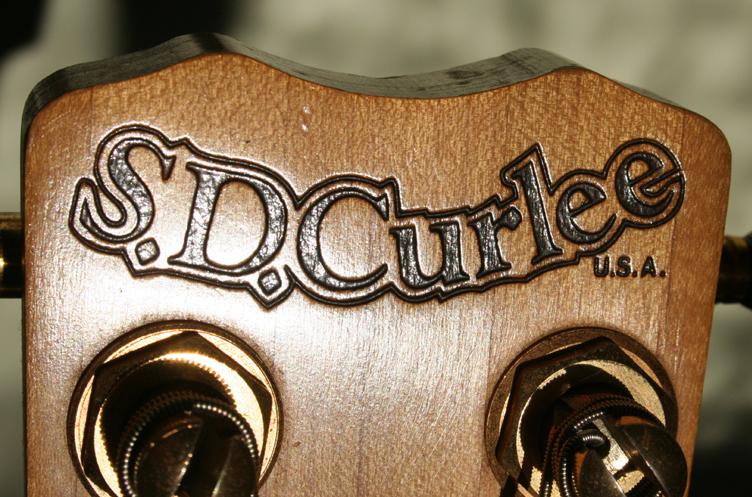 SD_Curlee_Headstock_brand.jpg