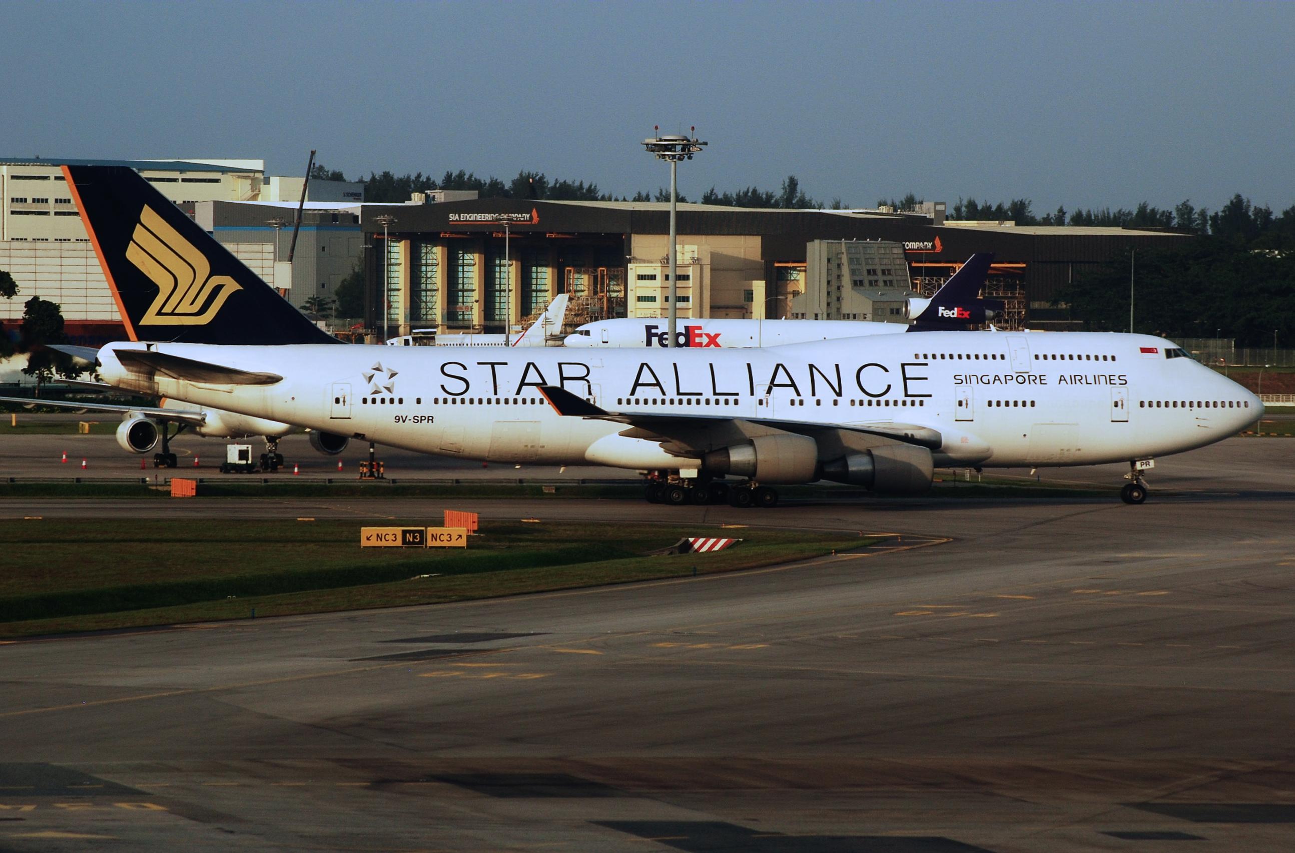 File Sia Boeing 747 4h6 9v Spr Sin 2 Jpg Wikimedia Commons