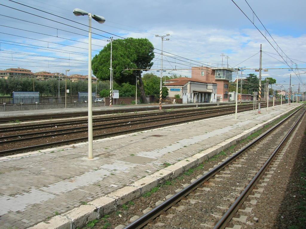 Stazione di roma casilina wikipedia for Paoletti arredamenti via casilina