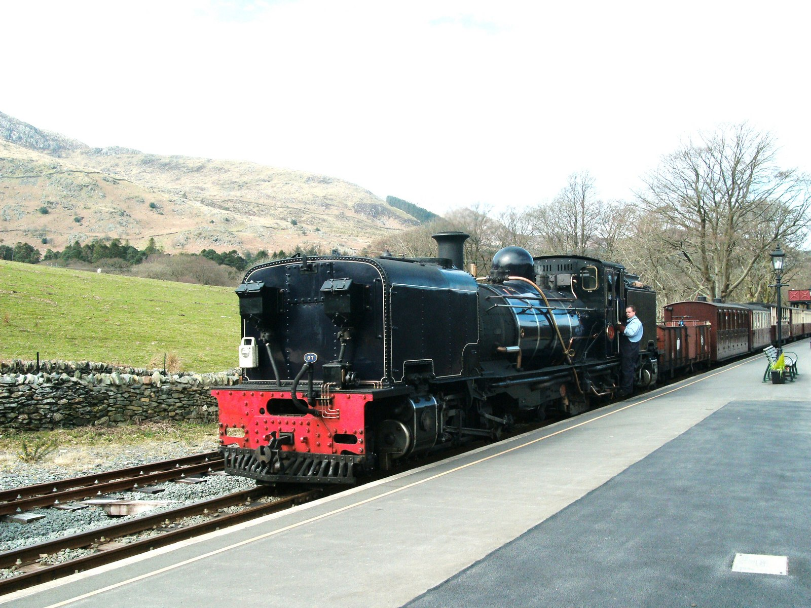 Coalporter: Steam Train Rides on England's Severn Valley Railway