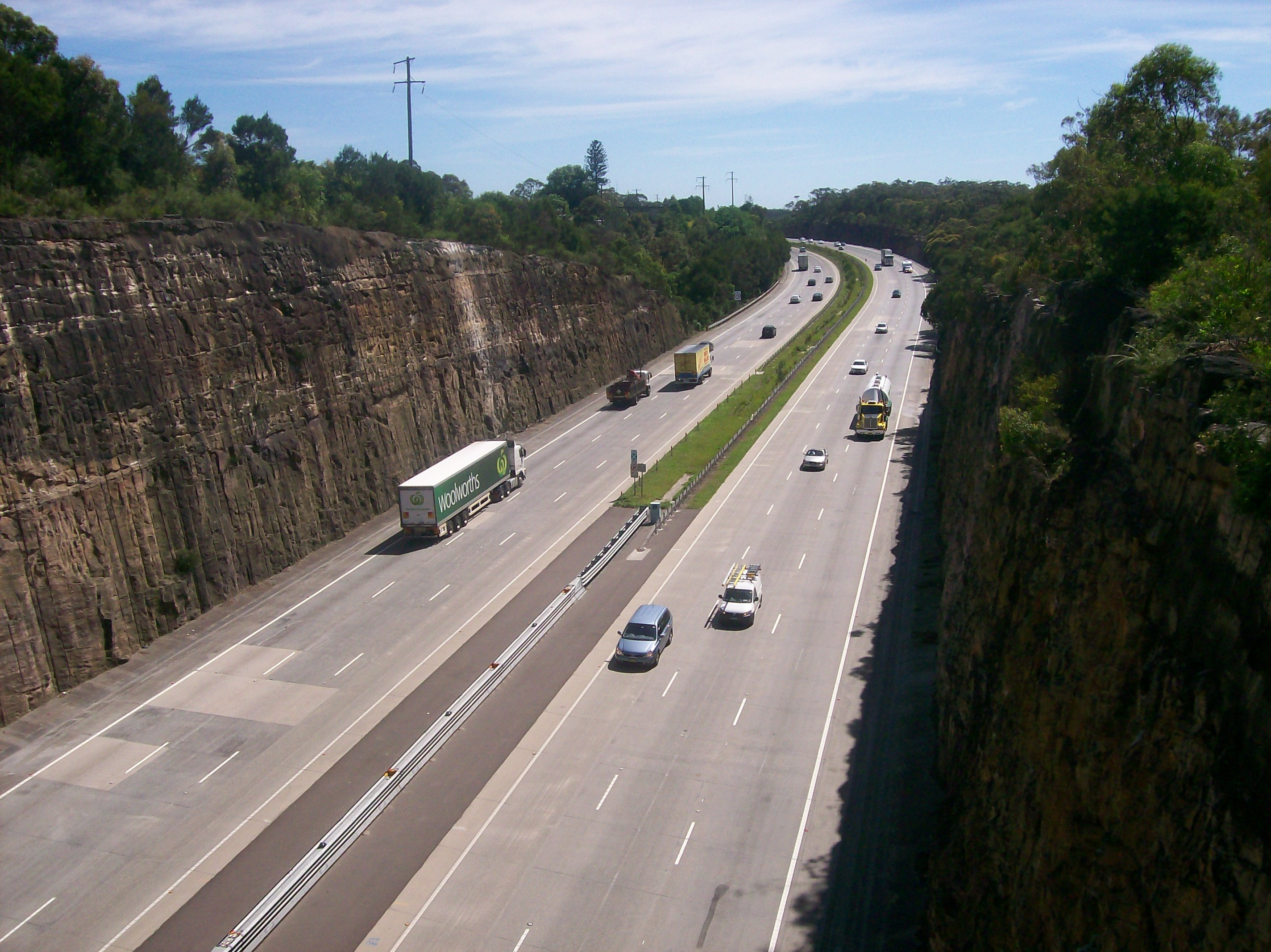 Pacific Motorway (Sydney–Newcastle) - Wikipedia