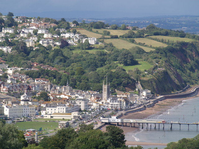 Файл:Teignmouth from the coast path - geograph.org.uk - 491626.jpg