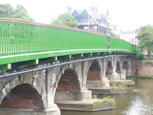 Trent Bridge, Newark - geograph.org.uk - 1452735