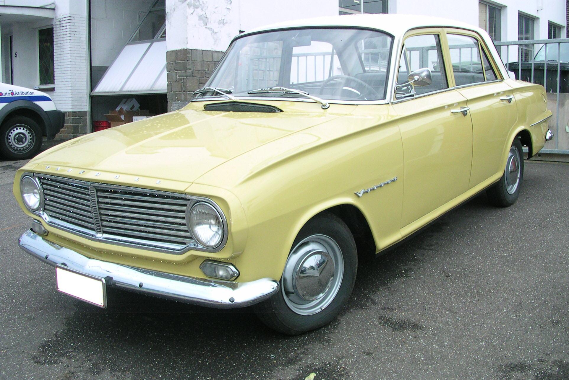 Vauxhall_Victor_1.jpg