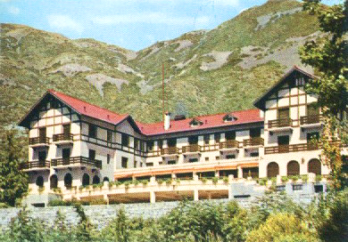 Villavicencio Hotel and Hot Springs (closed since 1978, now the garden is a resort).