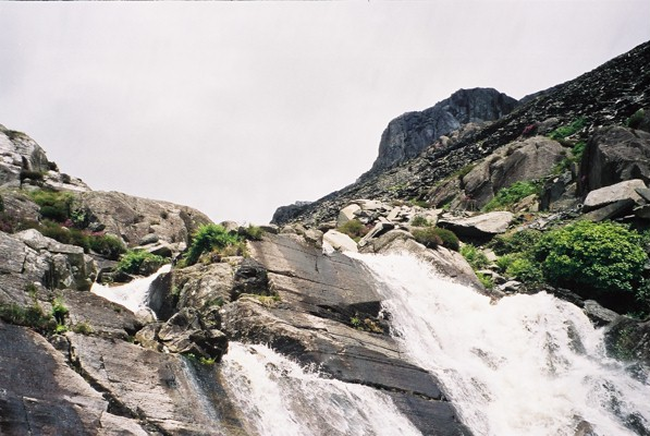 Waterfalls above Tanygrisiau - geograph.org.uk - 628826