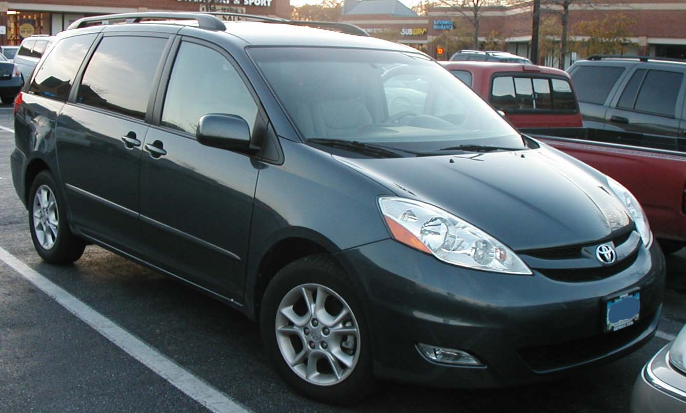 file 06 toyota sienna     wikimedia commons