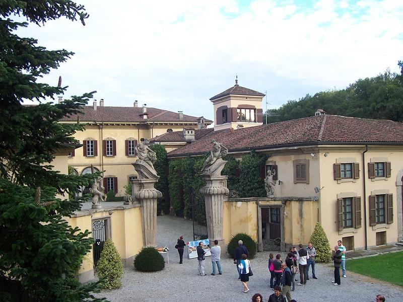 Costruttore Villa Riva Del Sole Bari Corso Alcide De Gasperi