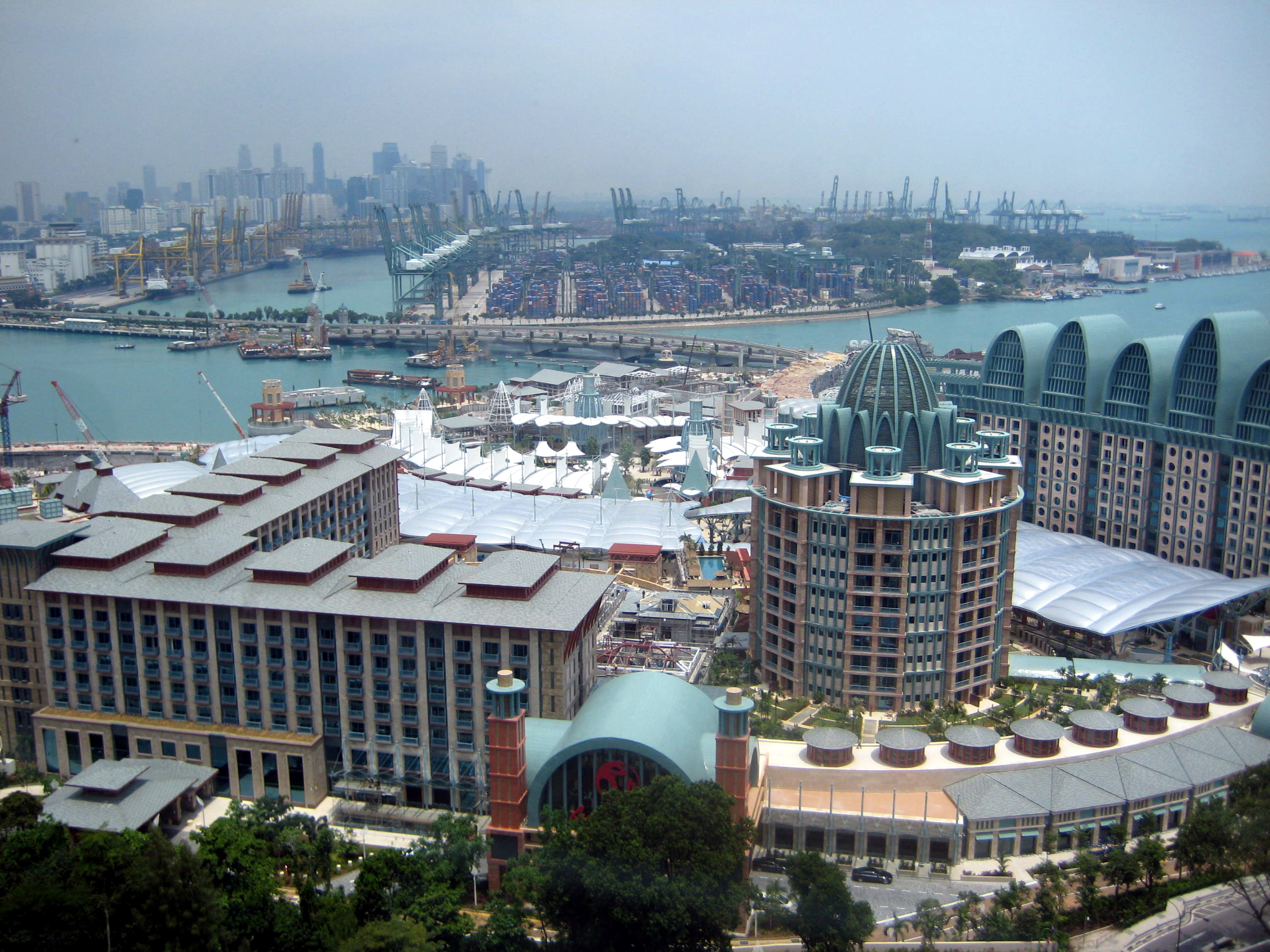 FileAerial view of Resorts World Sentosa Singapore