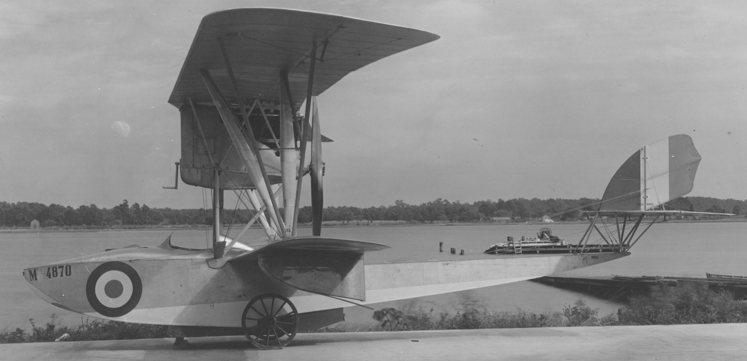 File:Airplanes - Types - Macchi Seaplane - Side View