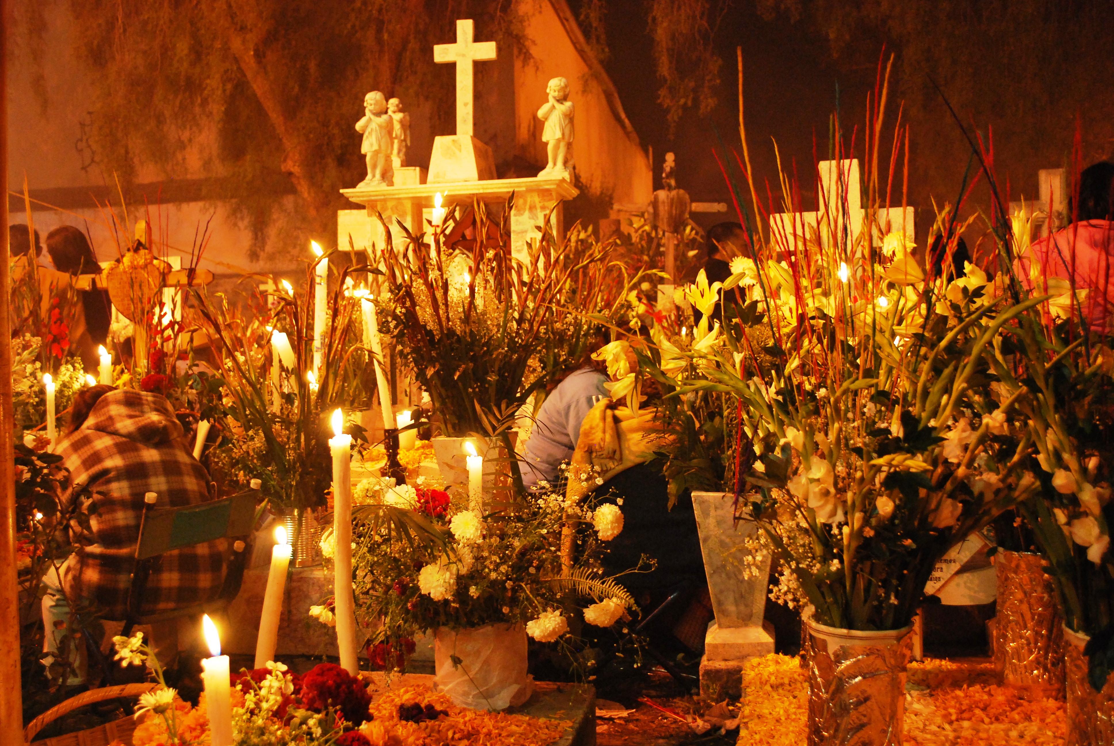 Resultado de imagen para día de muertos pátzcuaro