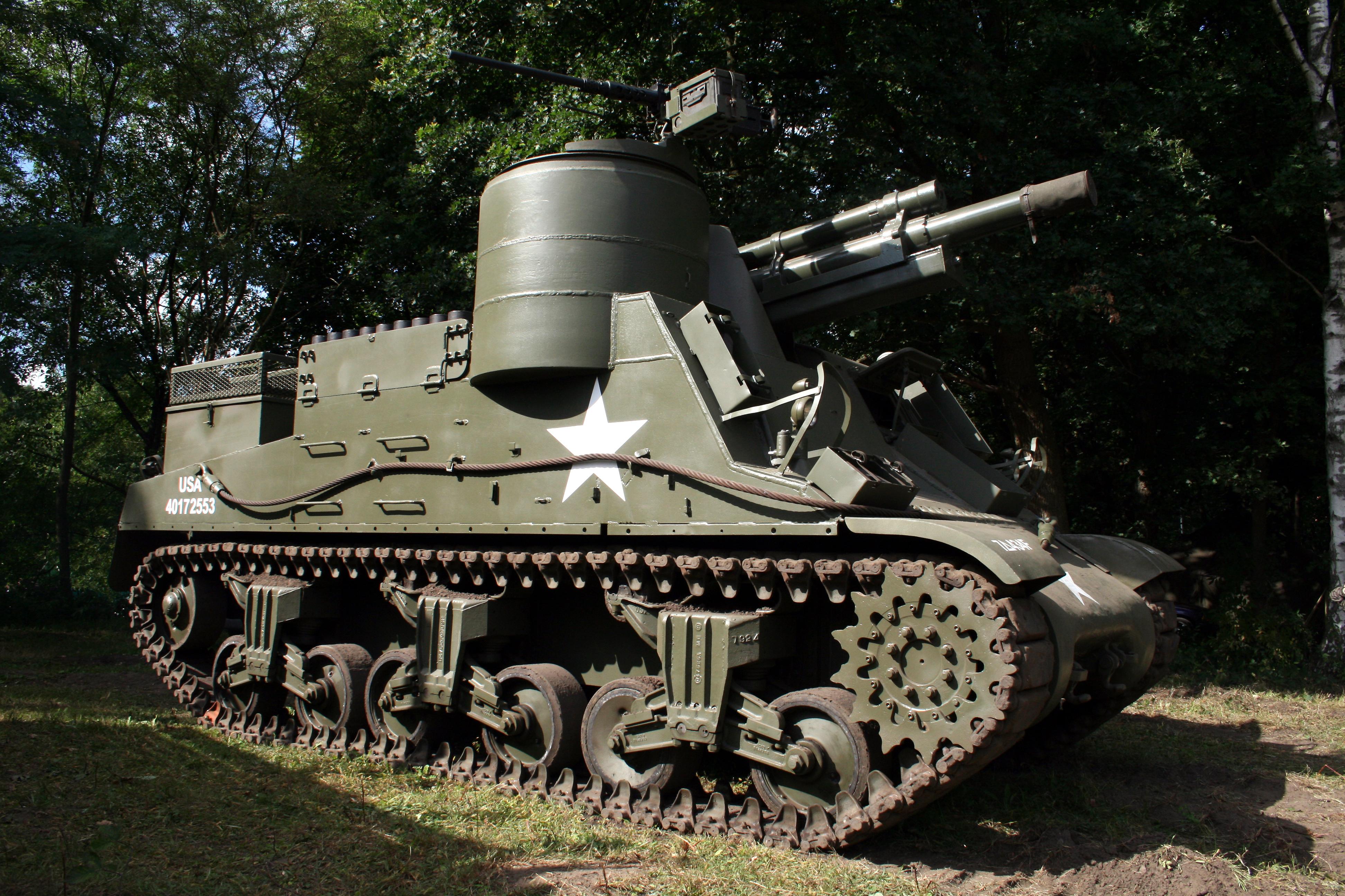 HMC M7 Priest (1942)