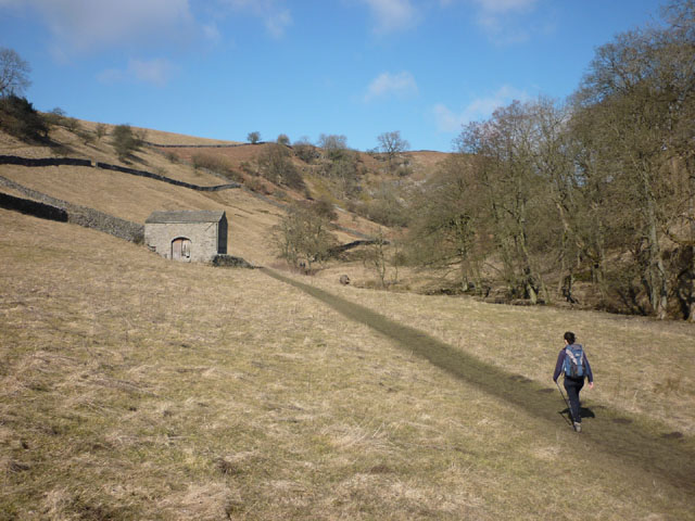 Approaching Gills Lathe - geograph.org.uk - 1756428