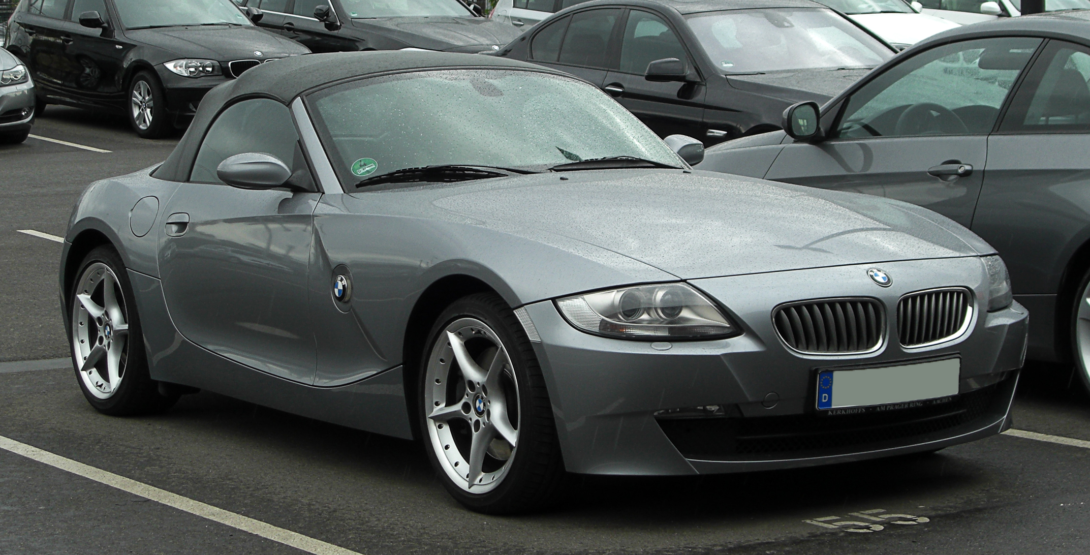 bmw z4 i wikiwand. Black Bedroom Furniture Sets. Home Design Ideas