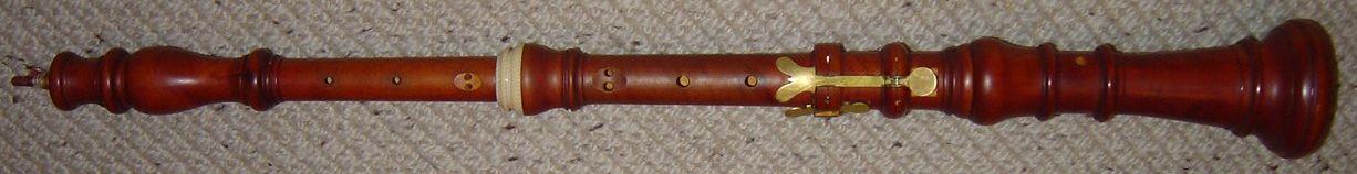 File:Baroque oboe horizontal.jpg - Wikimedia Commons Baroque Oboe