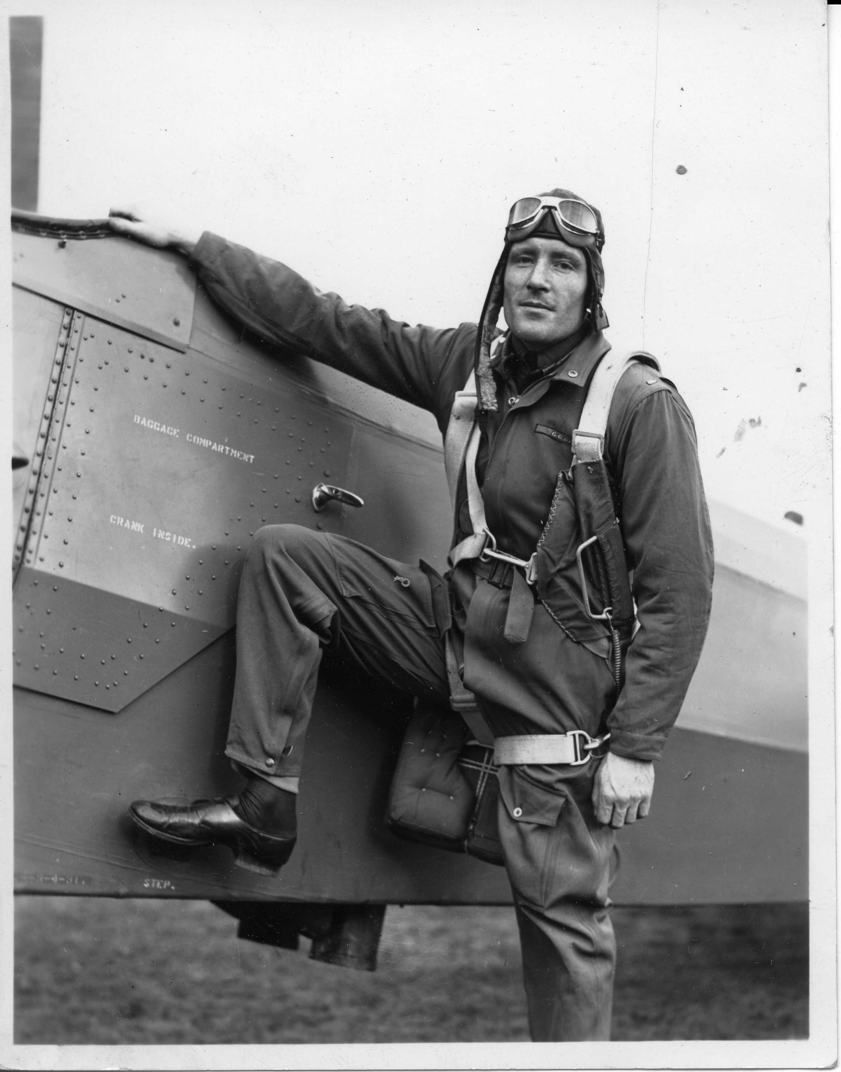 Beirne Lay Jr. during [[United States Army Air Corps|USAAC]] flight training