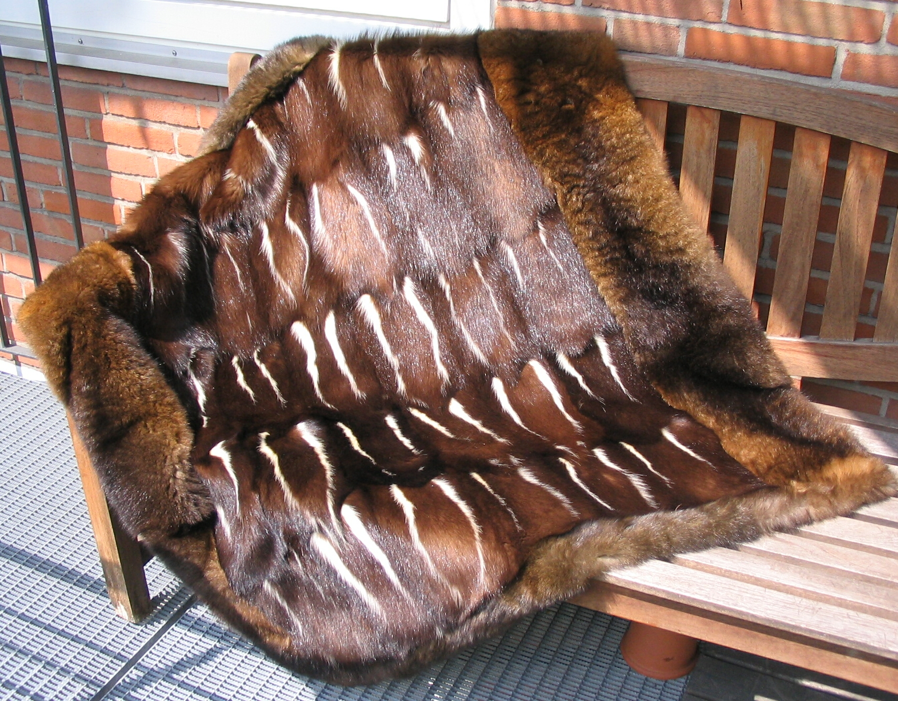 File:Carpet from skunk and possum fur skins.jpg - Wikimedia Commons