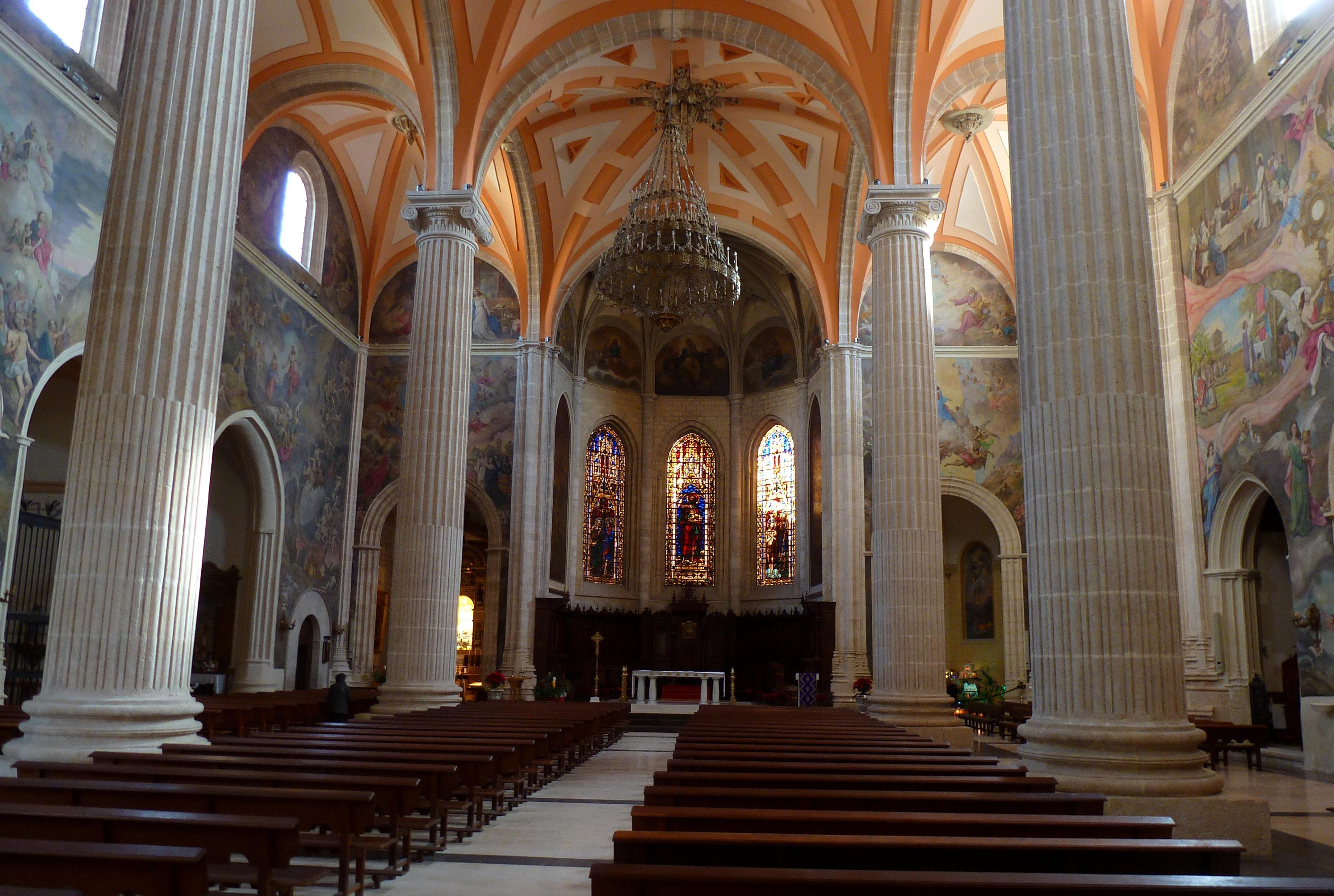 Archivo catedral albacete interior jpg wikipedia la for Catedral de zamora interior