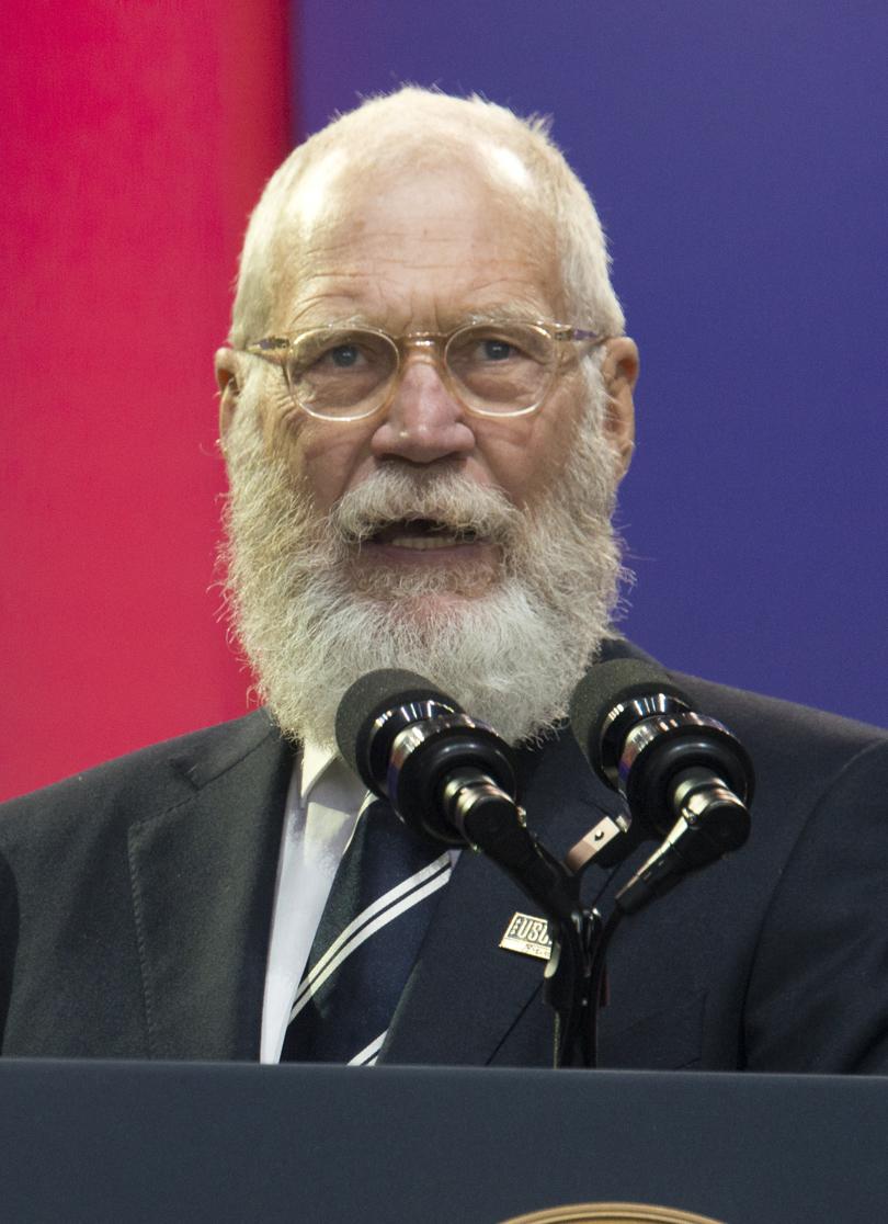 Foto van de 187 cm lange David Letterman zoon van vader Harry Joseph Letterman en moeder Dorothy Mengering op 67-jarige leeftijd in 2021