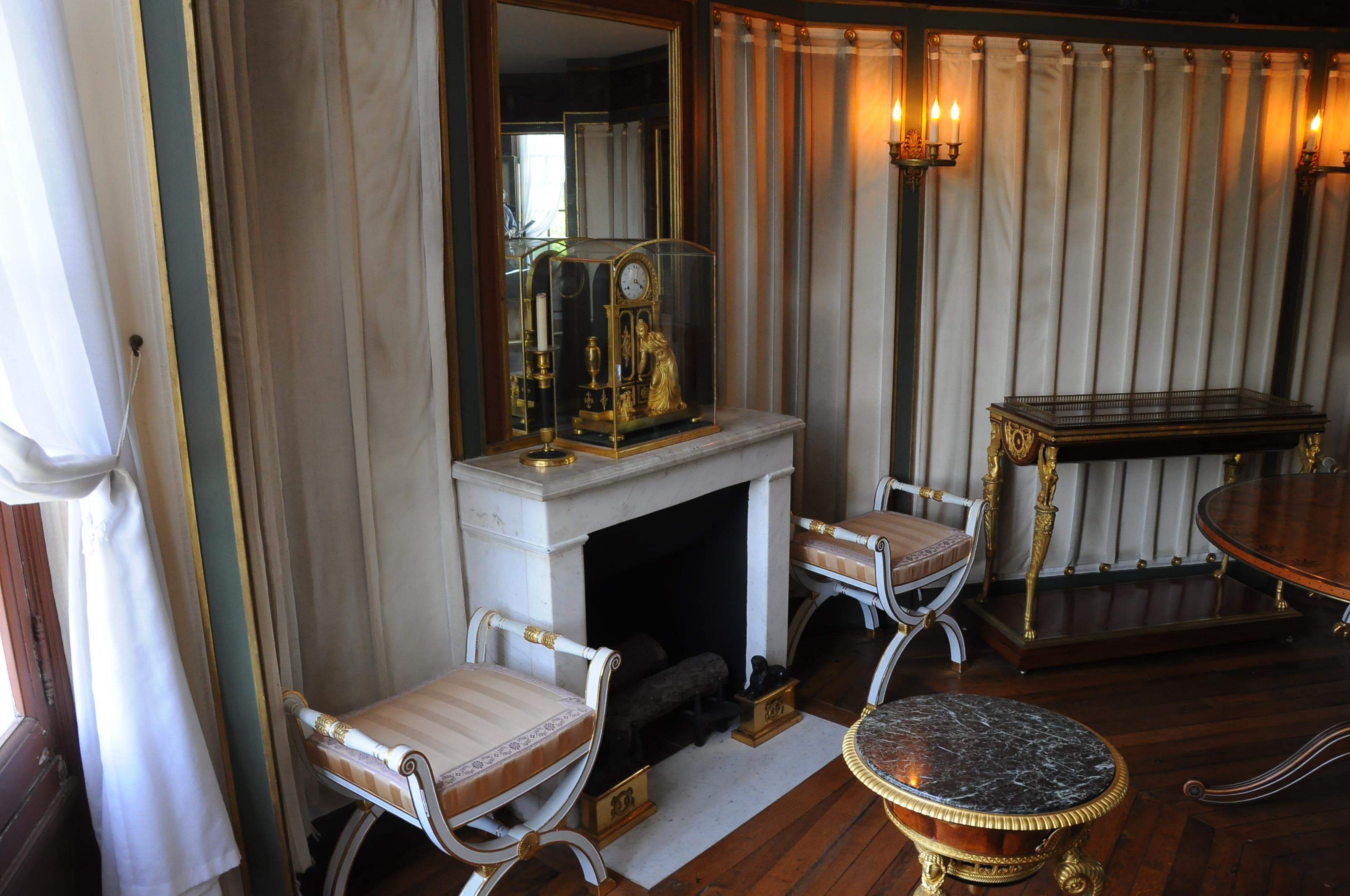 file ch teau de malmaison appartement de jos phine 006. Black Bedroom Furniture Sets. Home Design Ideas