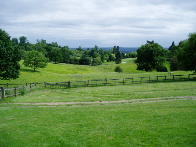 Chartwell estate - geograph.org.uk - 843586