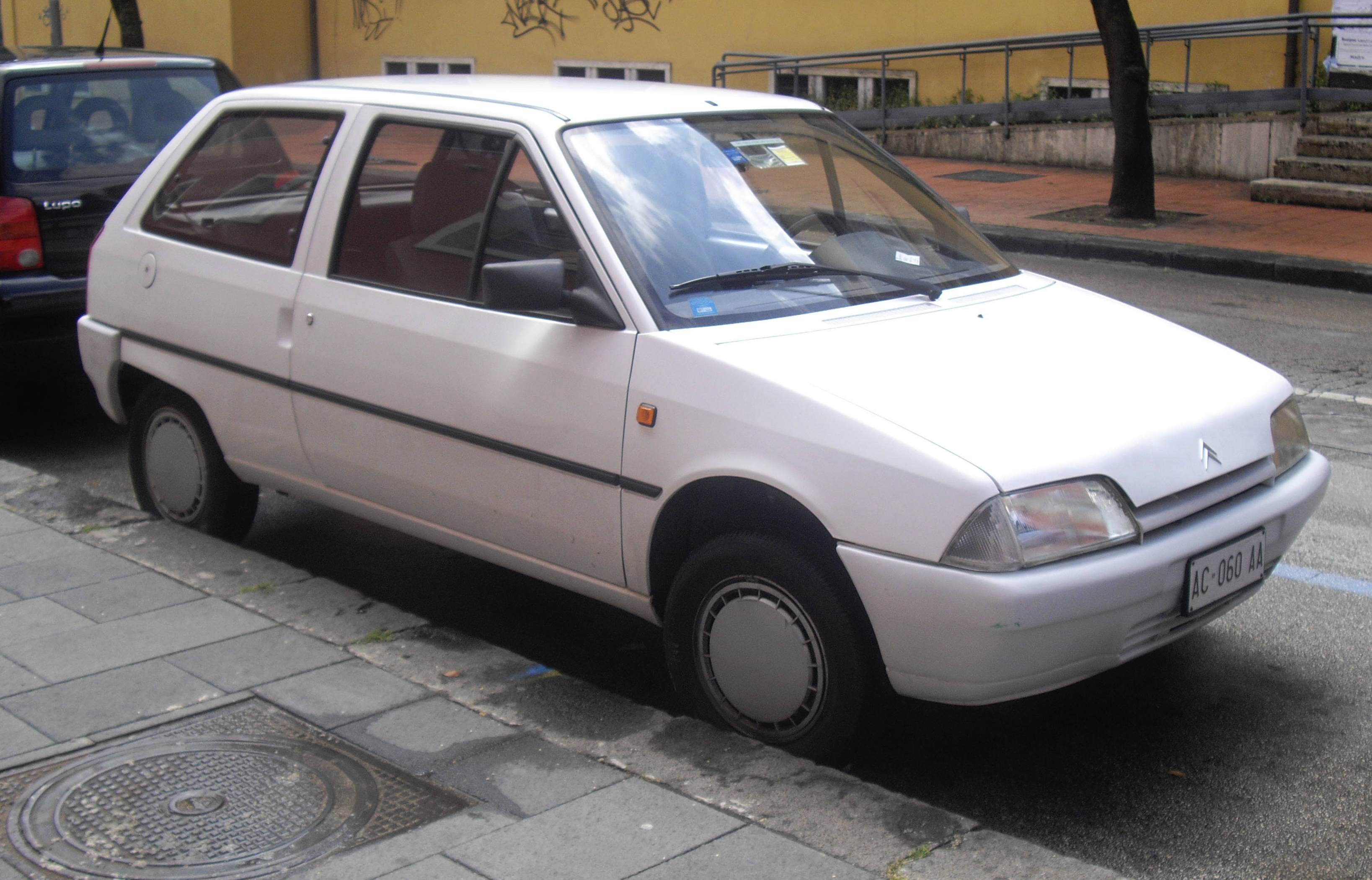 File Citro 235 N Ax Facelift Front Jpg Wikimedia Commons