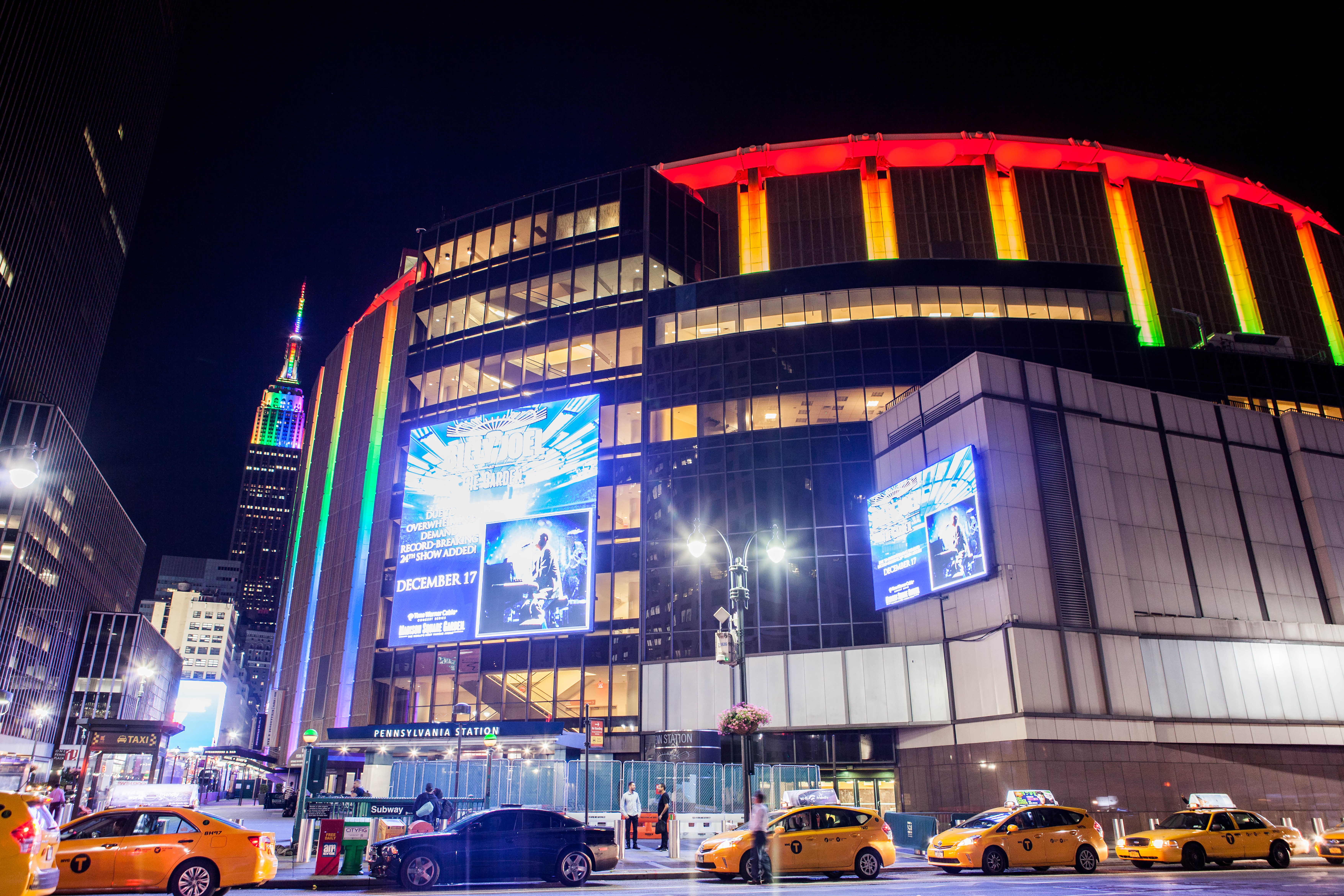 File:Empire State Building And Madison Square Garden In Rainbow Colors For  Gay Pride 2015