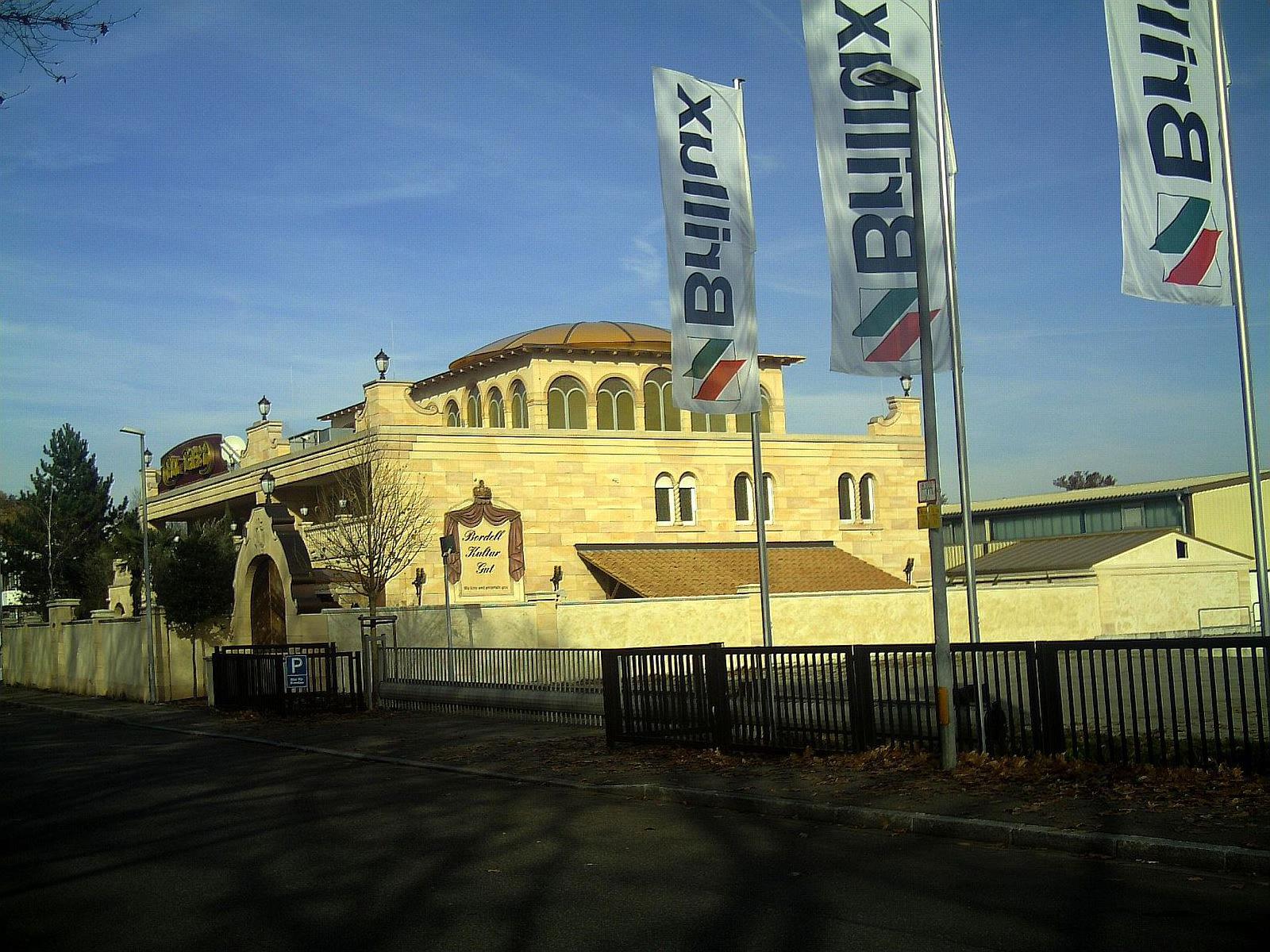 File:FKK Palast, Tullastraße 79, Freiburg - panoramio.jpg