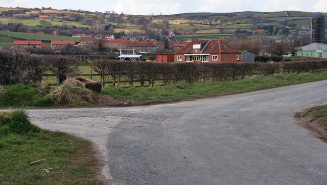 Fylingthorpe Village - geograph.org.uk - 749481