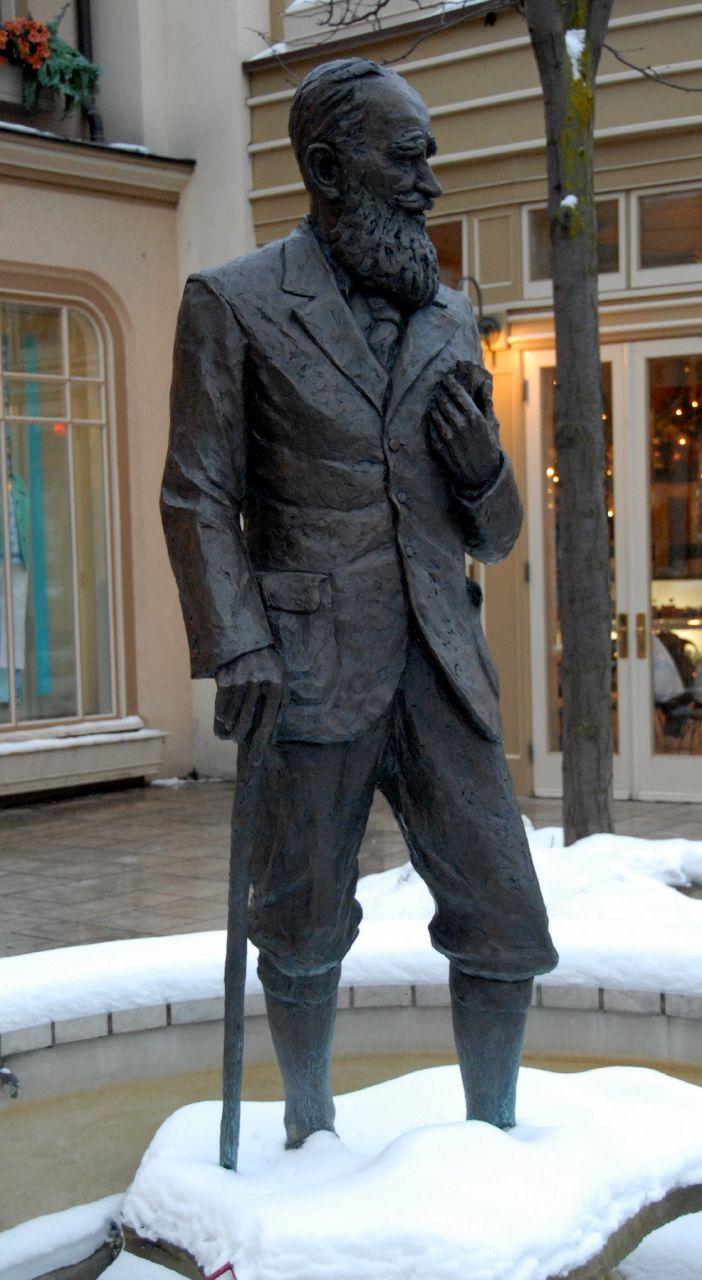 http://upload.wikimedia.org/wikipedia/commons/1/1d/George_Bernard_Shaw_Statue.jpg