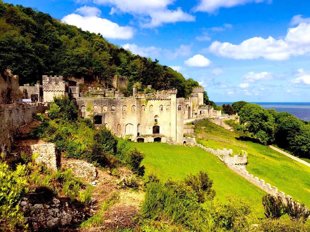 Gwrych Castle - Wikipedia