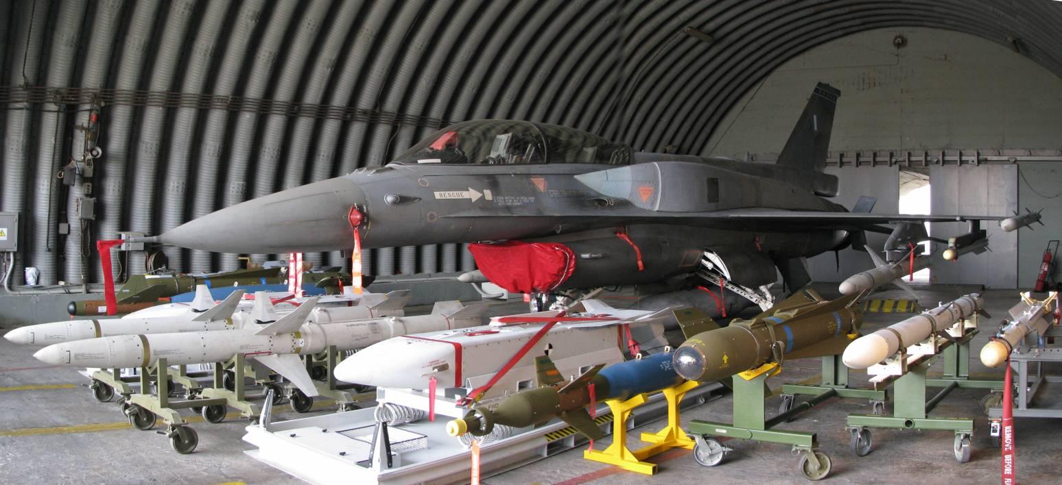 CODAI - Página 19 HAF_F-16D_Block_52