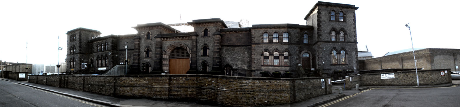 The Famous, Infamous and Notorious Wandsworth Prison, Seekyt