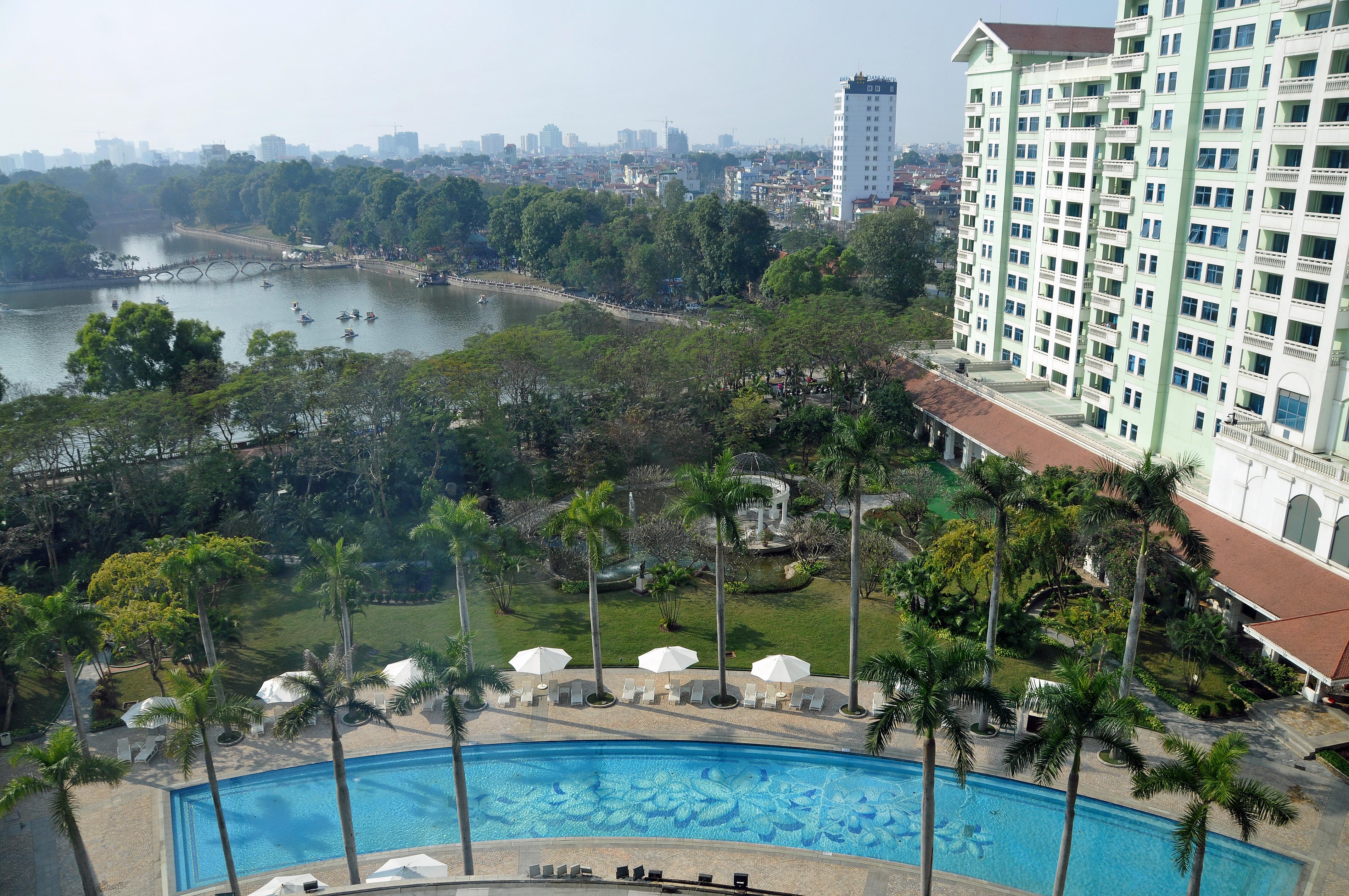 File:Hanoi Daewoo Hotel 1.jpg - Wikimedia Commons