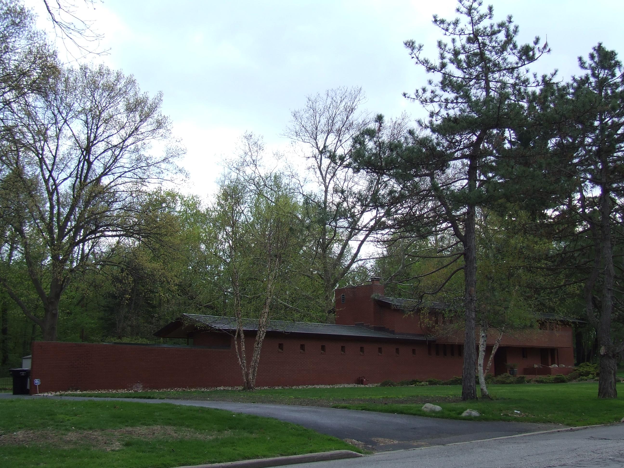 Herman T  Mossberg Residence - Wikipedia