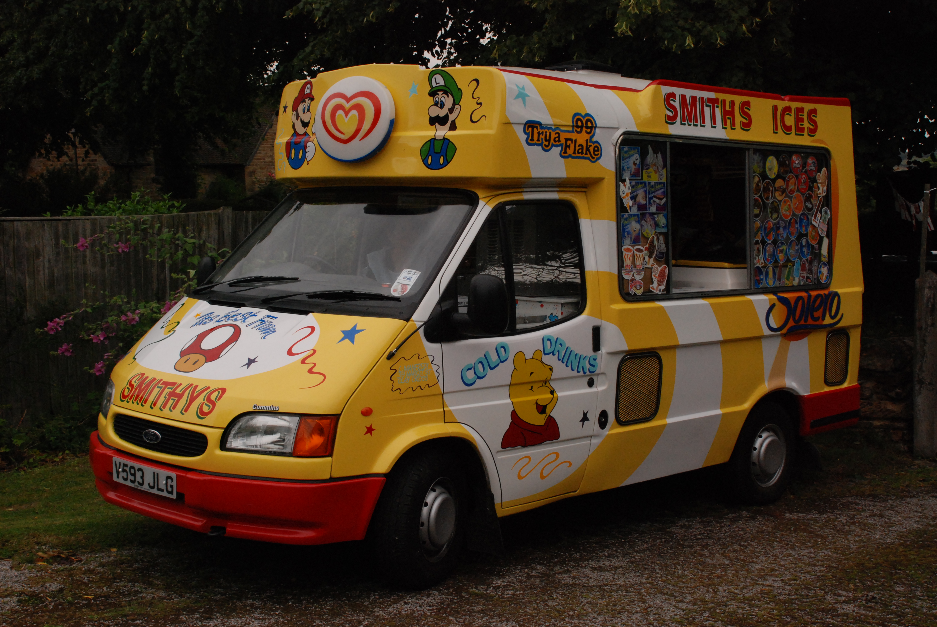 e2e343e33088 A 1999 Ford Transit-based ice cream van in the United Kingdom.