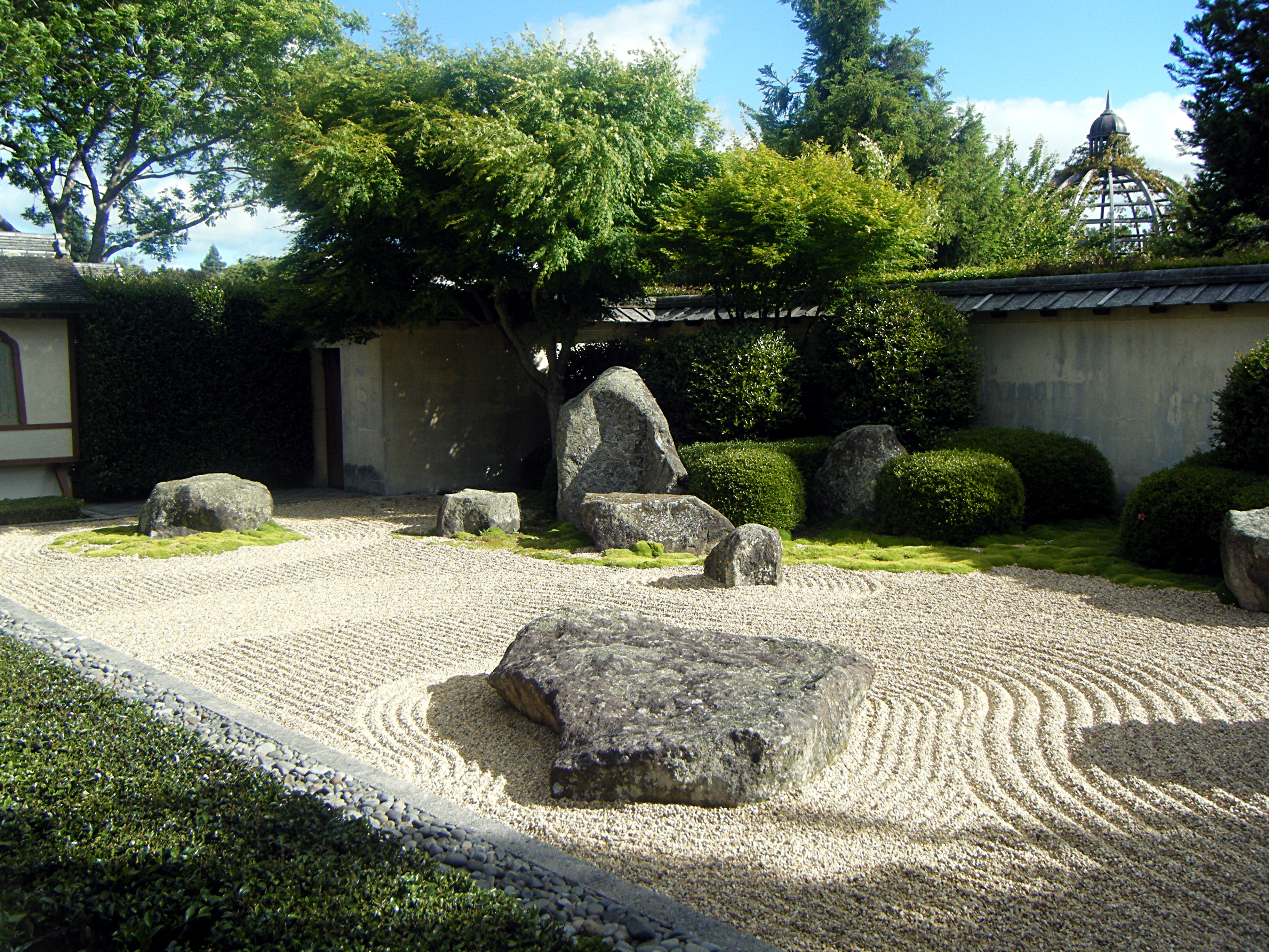 Description japanese garden at hamilton gardens waikato new zealand